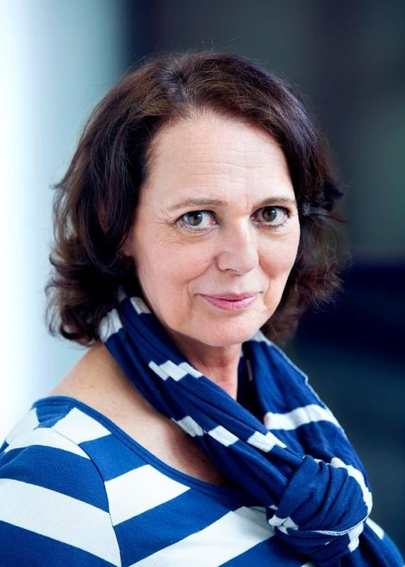 Contact Agnes van Oeveren